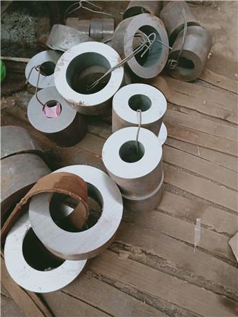 大口径无缝钢管-厚壁钢管切割批发